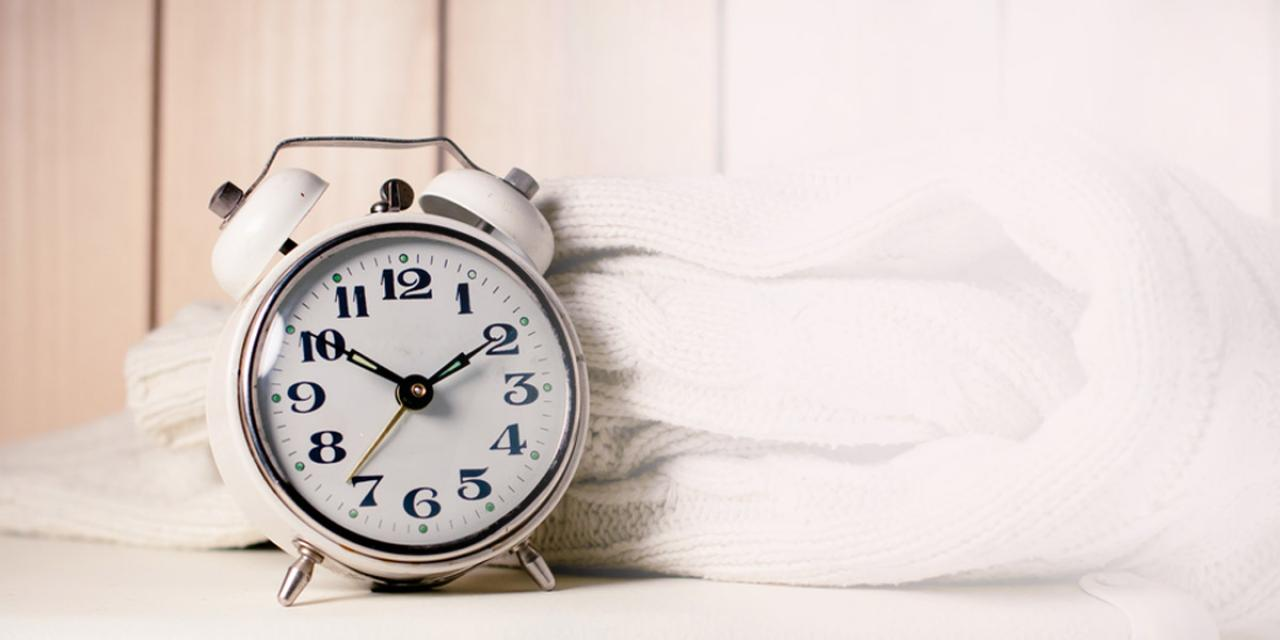 Clock and fabric sleep blog 1280 x 600