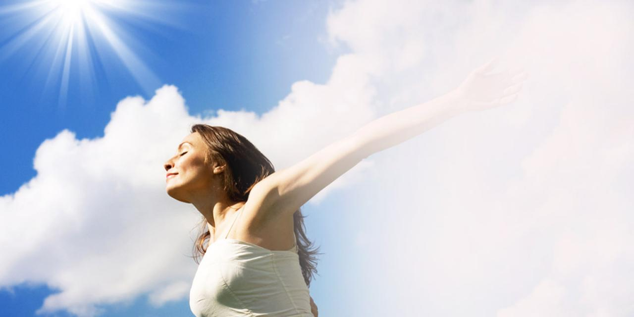 shutterstock 53303224 woman blue sky 1280 x 600 used in blogg post
